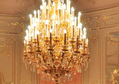 1 Custom gold plated cristal chandelier