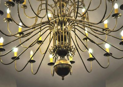 10 Metal stylish chandeliers
