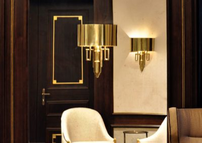 16 Brass wall light installled on a mirror