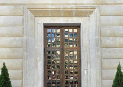 3 Elegant brass glass entrance