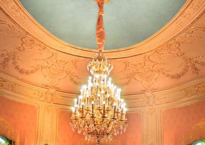 4 Production and installation of gold chandleier