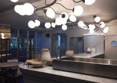 2-Oswietlenie-na-zamowienie.-Sciemniane-zarowki-LED,-szklane-klosze.